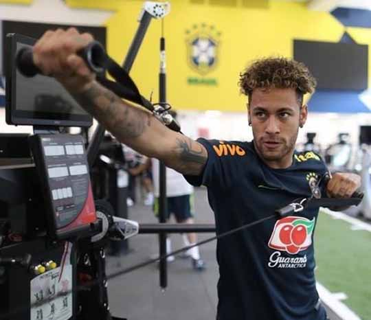 Entrenamiento Neymar