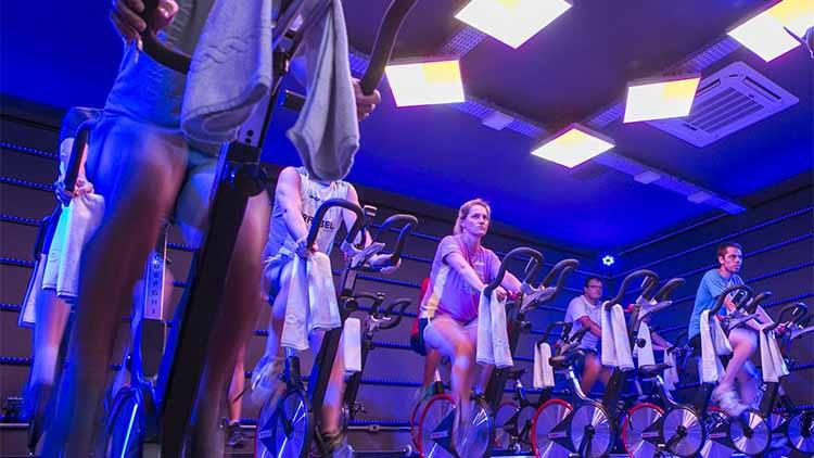 bicicletas Keiser sesion de ciclismo indoor
